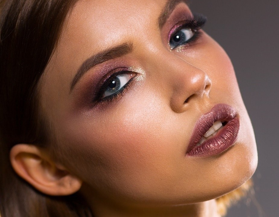 3 Awesome Benefits Of Oxygen Facials For Glowing Skin